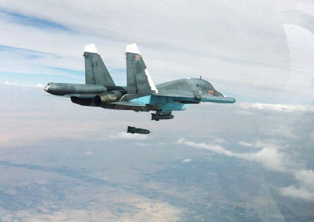 Aviación rusa bombardea las posiciones del EI en Siria