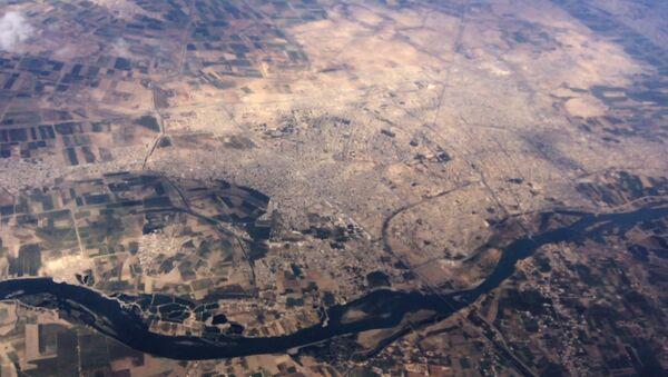 Bombardeos de Fuerza Aeroespacial rusa contra EI en provincias Raqqa y Alepo (archivo) - Sputnik Mundo