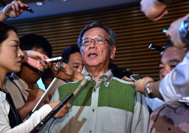Takeshi Onaga, gobernador de la prefectura de Okinawa (archivo)