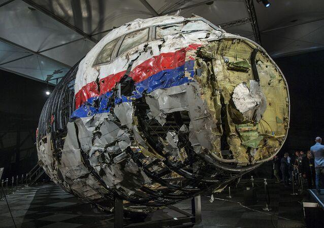 Los restos del avión MH17 derribado en el este de Ucrania (archivo)