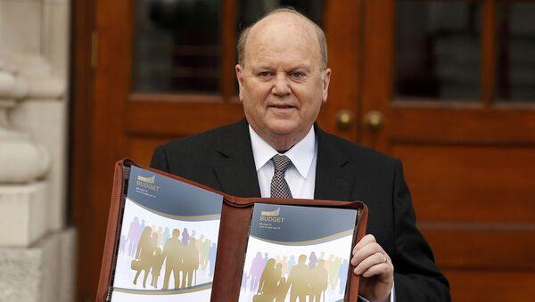 Michael Noonan, ministro de Finanzas de la República de Irlanda - Sputnik Mundo