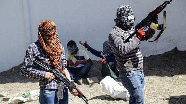 Milicianos del Partido de los Trabajadores del Kurdistán (PKK) - Sputnik Mundo