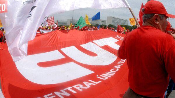 Manifestação da CUT em Brasília - Sputnik Mundo