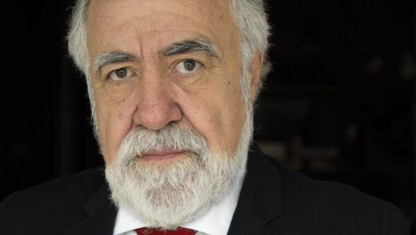 Alejandro Encinas, senador - Sputnik Mundo