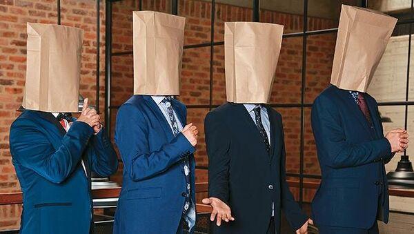 Una página web de bromas y puras mentiras logra engañar a políticos colombianos - Sputnik Mundo
