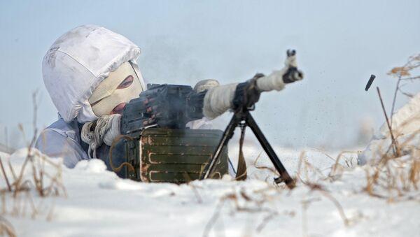 Soldado ruso en Ártico - Sputnik Mundo