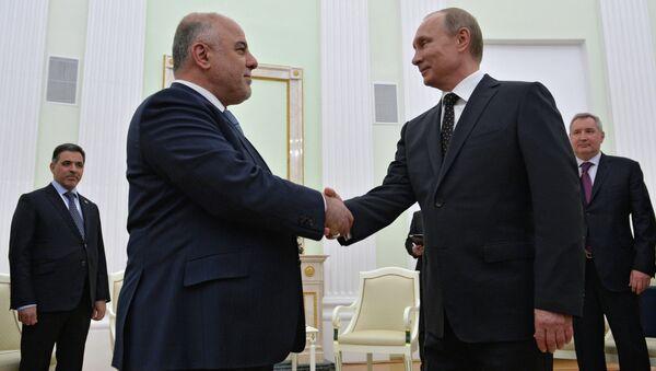 Russian President Vladimir Putin meets with Iraqi Prime Minister Haider Al-Abadi - Sputnik Mundo