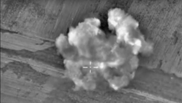 Destrucción de un punto de apoyo de los terroristas en la provincia de Alepo - Sputnik Mundo