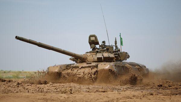 Tanque modernizado de las Fuerzas Armadas de Rusia T-72B3 - Sputnik Mundo