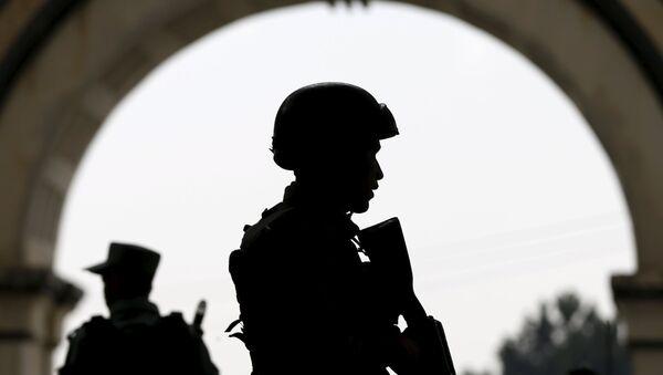 Afghan security forces stand guard, Kabul, Afghanistan - Sputnik Mundo