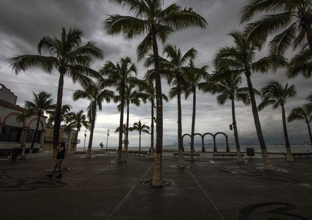 El huracán Patricia se degrada a tormenta tropical