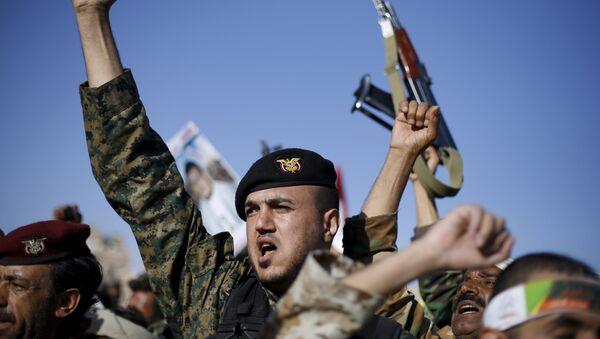 Los rebeldes yemeníes del movimiento chií Ansar Alá (hutíes) - Sputnik Mundo
