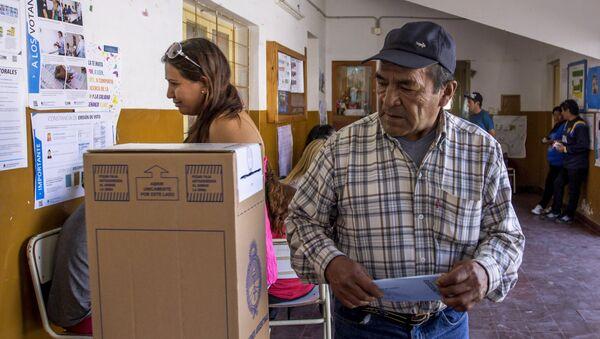 La gente no está polarizada, dicen votantes en Argentina - Sputnik Mundo