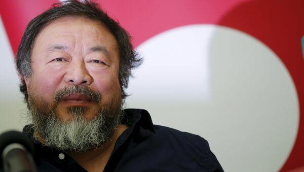 Chinese artist and free-speech advocate Ai Weiwei - Sputnik Mundo