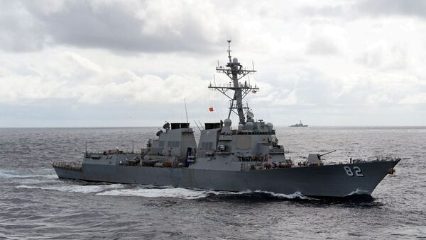 The Arleigh Burke-class guided-missile destroyer USS Lassen (DDG 82) is underway with ships from Commander Task Force 70. - Sputnik Mundo