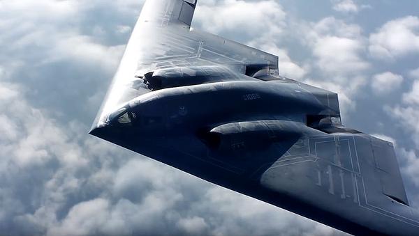 """El vuelo de un """"bombardero furtivo"""" en alta definición - Sputnik Mundo"""