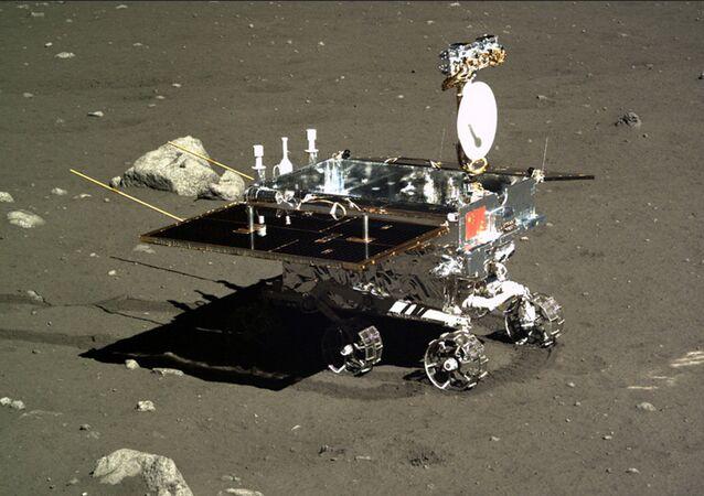 Yutu, primer robot lunar chino