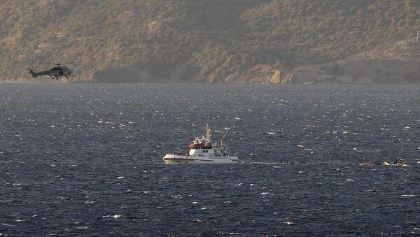 Naufragio en el mar Egeo (Archivo) - Sputnik Mundo