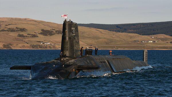 Submarino HMS Victorious, armado con misiles Trident - Sputnik Mundo