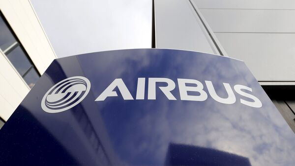 File photo of Airbus' logo at Airbus headquarters in Toulouse - Sputnik Mundo