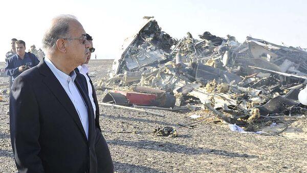 Primer ministro de Egipto Sherif Ismail en el lugar del siniestro del Airbus-321 - Sputnik Mundo