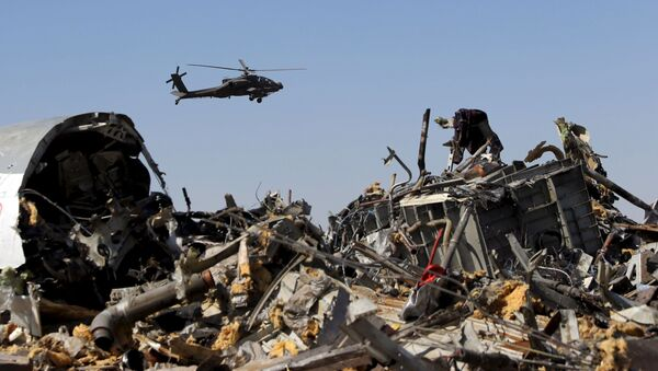 Los restos del avión ruso Airbus-321 siniestrado en Egipto - Sputnik Mundo