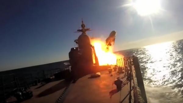 Patrullero ruso se ejercita en el tiro con misiles - Sputnik Mundo
