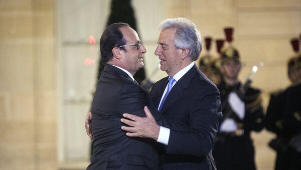 Presidente de Francia, François Hollande y presidente de Uruguay, Tabaré Vázquez - Sputnik Mundo