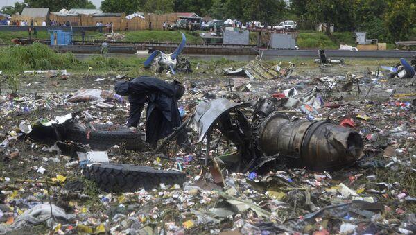 Los restos del avión de carga An-12 siniestrado en Sudán del Sur - Sputnik Mundo