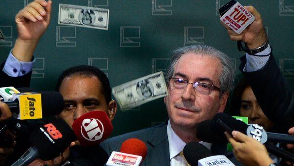 Presidente del Congreso, Eduardo Cunha atacó por el manifestante - Sputnik Mundo