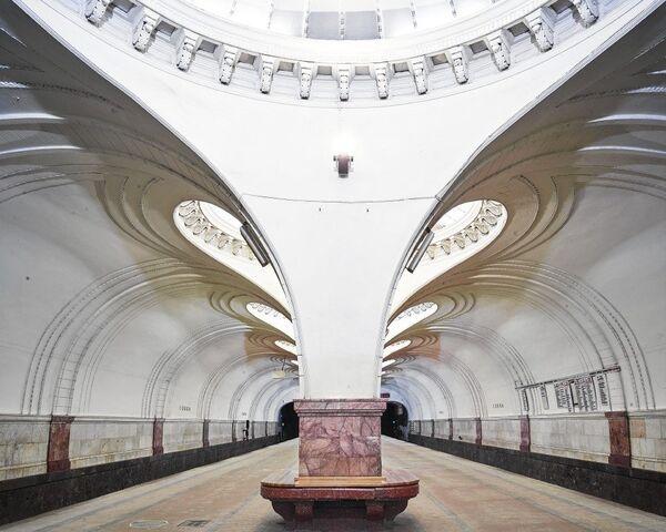 La fascinante belleza del metro de Moscú - Sputnik Mundo