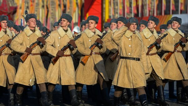 Marcha solemne dedicada a la histórica parada de 1941 en Moscú - Sputnik Mundo