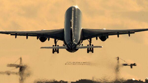 Avión - Sputnik Mundo