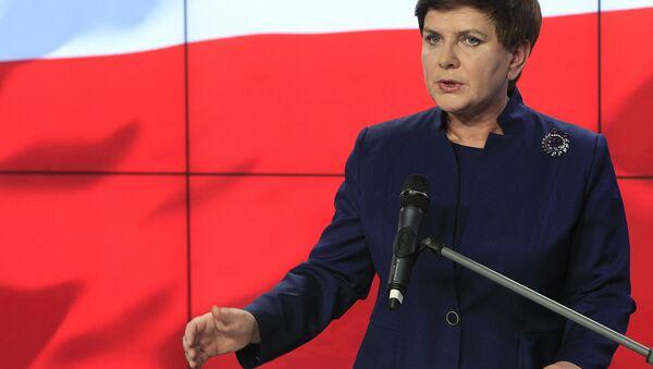 Beata Szydlo, primera ministra de Polonia - Sputnik Mundo