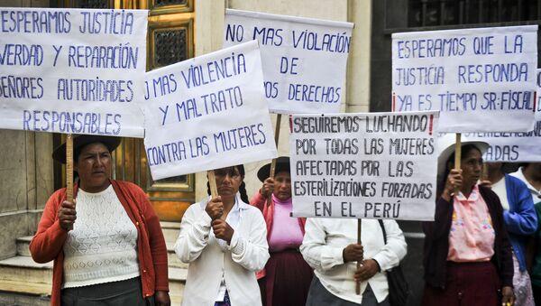 Las víctimas de la esterilización forzada en Perú - Sputnik Mundo
