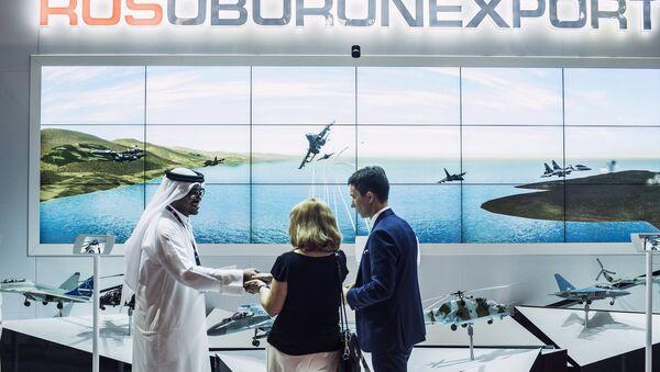Stand de Rosoboronexport en el salón aeronáutico Dubai Airshow 2015 - Sputnik Mundo