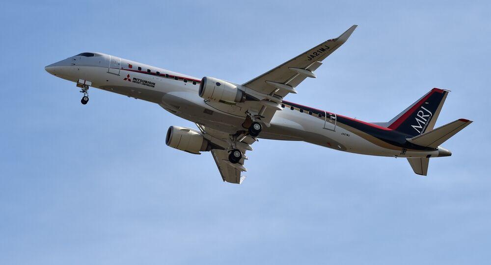 Avión japonés MRJ