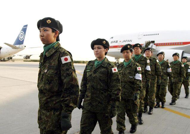 Las soldados de las Fuerzas de Autodefensa de Japón