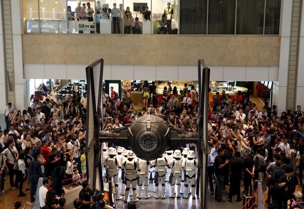 'Guerra de las galaxias' en el aeropuerto de Singapur