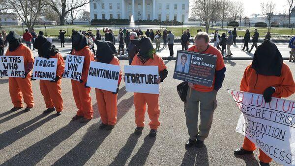Manifestación en contra de la cárcel Guantanamo en Washington D.C. - Sputnik Mundo