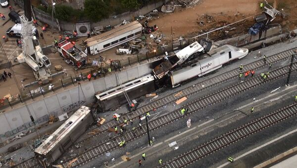 Sitio del siniestro del tren en Santiago de Compostela - Sputnik Mundo