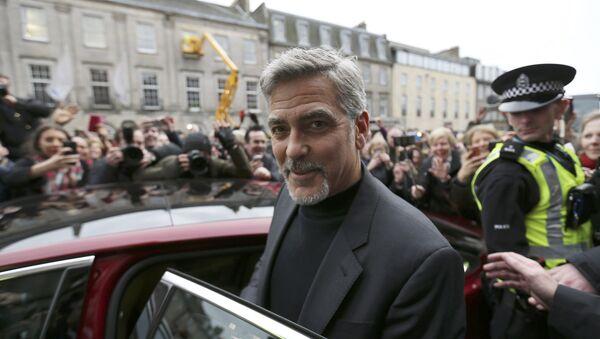 George Clooney, actor - Sputnik Mundo