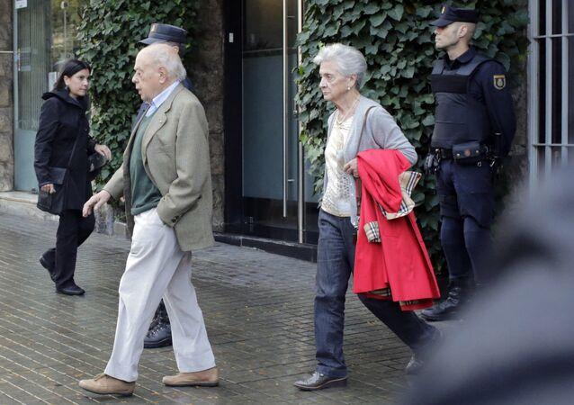 Expresidente de Cataluña, Jordi Pujol con su esposa Marta Ferrusola