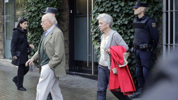 Catalan former President Jordi Pujol (L) and his wife Marta Ferrusola - Sputnik Mundo