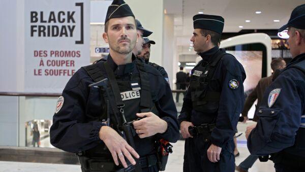 Policías franceses - Sputnik Mundo