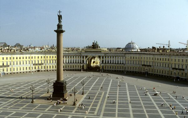 Plaza del Palacio en San Petersburgo - Sputnik Mundo