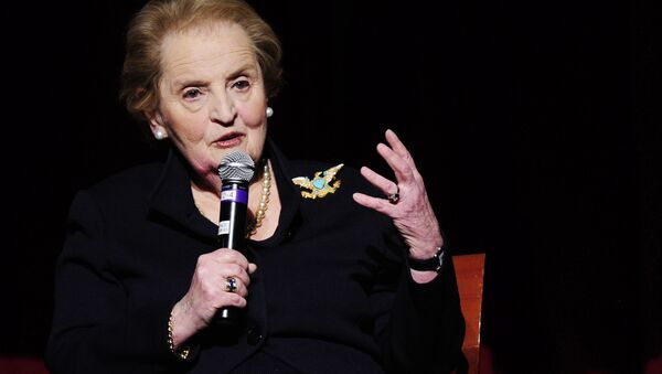 Former US Secretary of State Madeleine Albright attends a panel discussion celebrating the anniversary of The Dayton Accords, which marked the end of the Balkans conflict at New York University in New York, February 09, 2011 - Sputnik Mundo