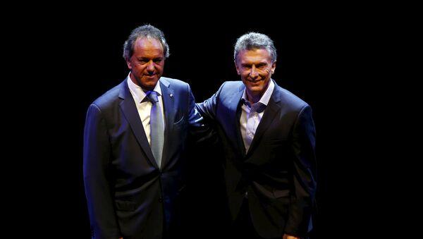 Daniel Scioli (izda.) y Mauricio Macri, candidatos a la presidencia de Argentina - Sputnik Mundo