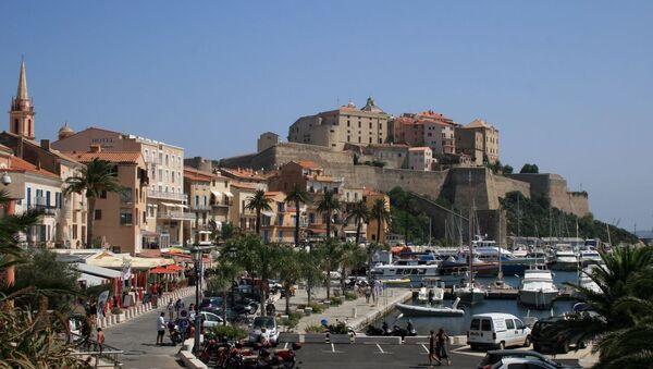 Isla de Córcega, territorio ultramar de Francia - Sputnik Mundo