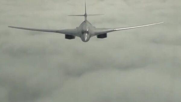 Bombardero ruso Túpolev Tu-160 (archivo) - Sputnik Mundo
